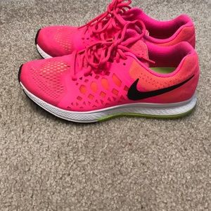Women's Nike Air Zoom Pegasus 31 Running Shoes